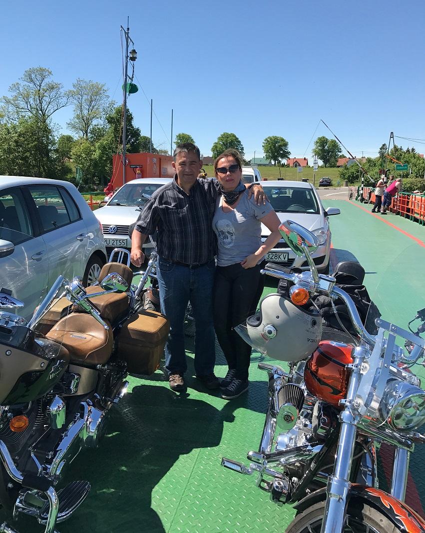 Bogdan Goworowski z żoną przed jedną z wypraw motocyklowych