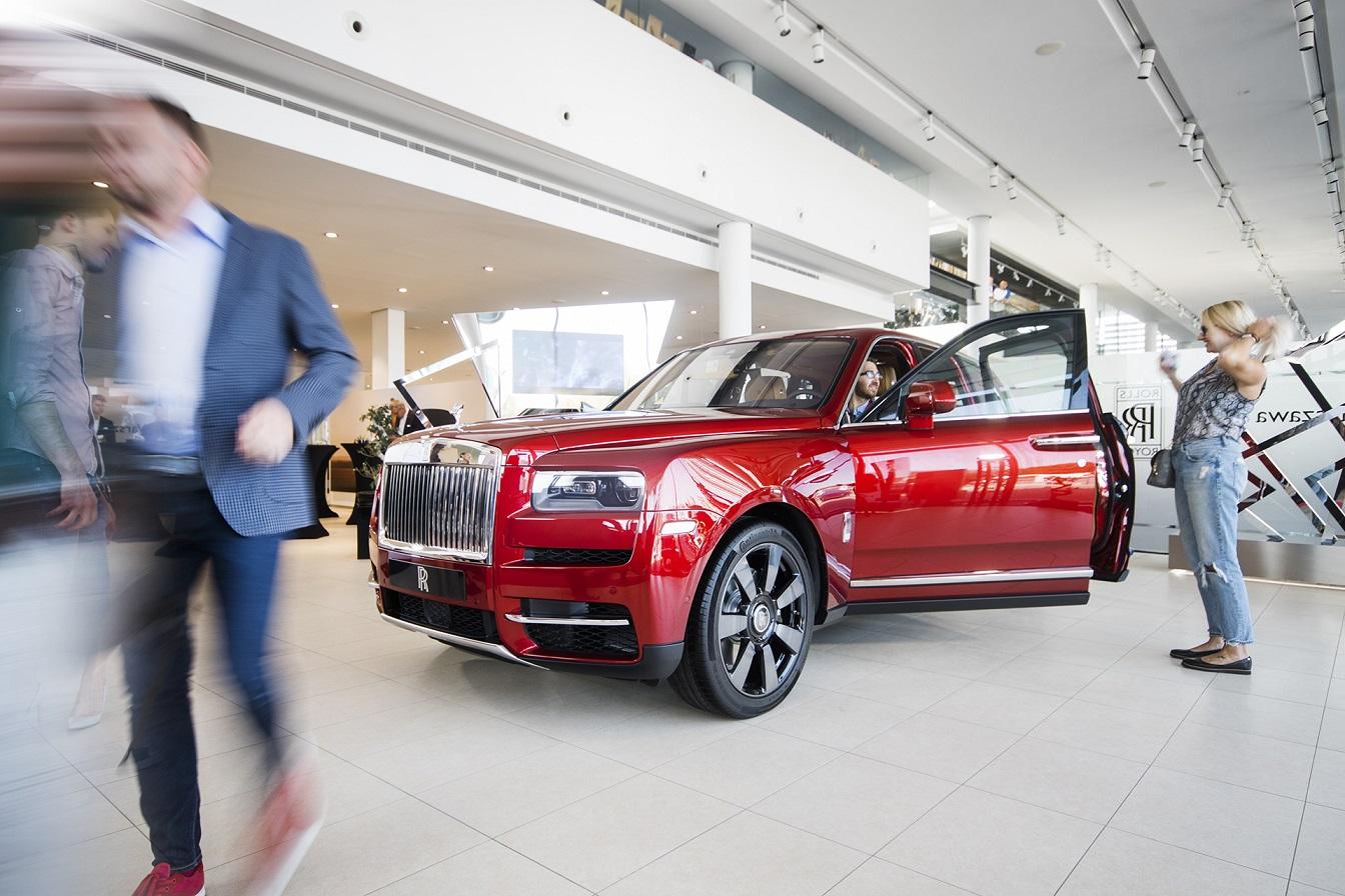 Rolls-Royce Cullinan na premierowym pokazie w Warszawie